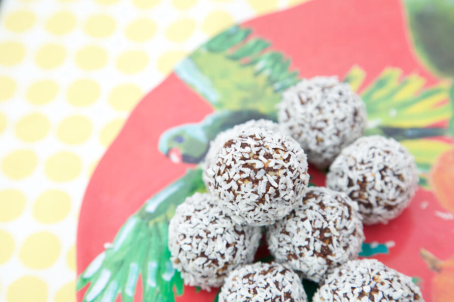 Bliss balls on tropical plate 2
