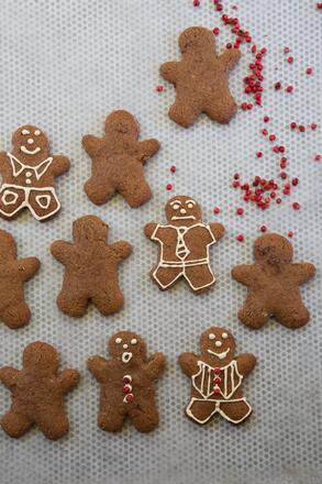 gluten and dairy free christmas gingerbread men recipe