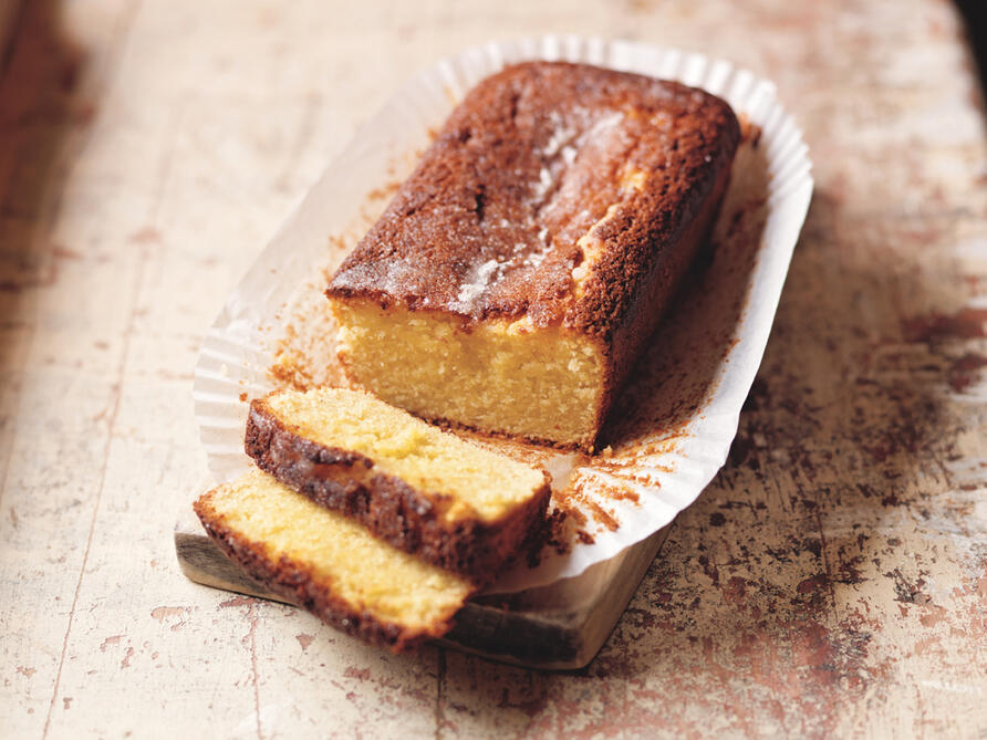 This gluten free lemon drizzle cake is ideal for home baking