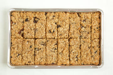 Mincemeat Crumble slice traybake in foil