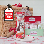 Honeybuns Christmas hamper for an indulgent present