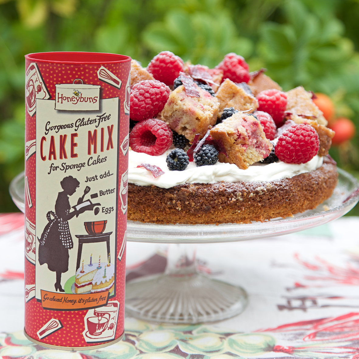Gluten free cake mix tube, with sponge cake